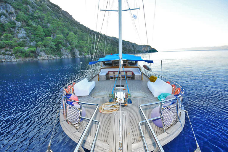 Cruise_Sailing_Swimming_Greece_Boat_01s