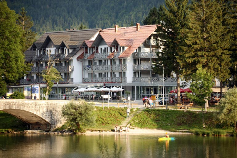 Hotel-Jezero-Bohinj-Slovenia